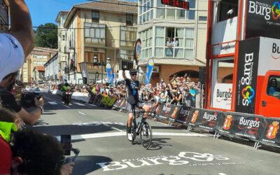 Romain Bardet (DSM) gana la 3ª etapa de la Vuelta a Burgos y se coloca como líder de la clasificación general.