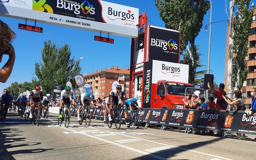 Segunda victoria para Juan Sebastián Molano (UAE), que se ha llevado el triunfo en Aranda de Duero en la 4ª etapa de la Vuelta a Burgos.